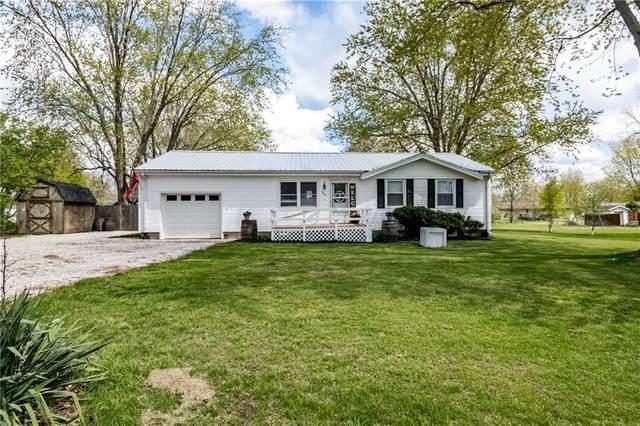 2442 Captain Lane, Decatur, IL 62526 (MLS #6210900) :: Main Place Real Estate