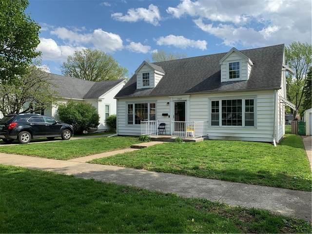 3325 Richmond Avenue, Mattoon, IL 61938 (MLS #6212256) :: Ryan Dallas Real Estate