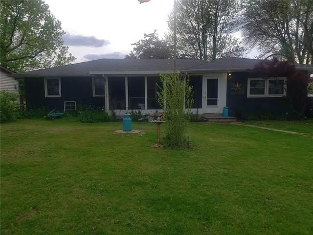 5155 Lake Road, Mattoon, IL 61938 (MLS #6212348) :: Ryan Dallas Real Estate