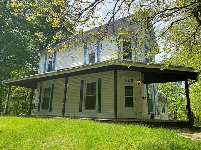 125 W Jackson Avenue, Charleston, IL 61920 (MLS #6212394) :: Ryan Dallas Real Estate