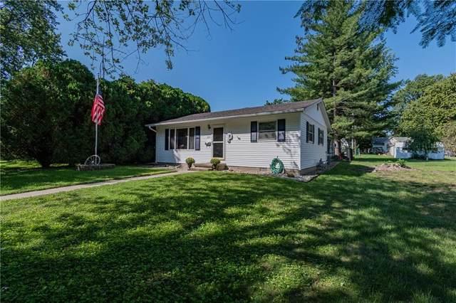321 Shelby Street, Moweaqua, IL 62550 (MLS #6215572) :: Main Place Real Estate