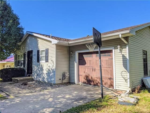 1033 W Polk Avenue, Charleston, IL 61920 (MLS #6216266) :: Ryan Dallas Real Estate