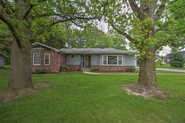 500 Lawrence, Mt. Zion, IL 62549 (MLS #6193295) :: Main Place Real Estate