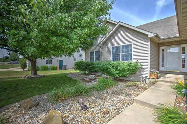415 Phillip, Forsyth, IL 62535 (MLS #6193794) :: Main Place Real Estate