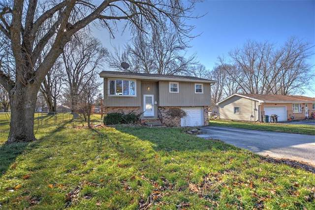 615 Maple Street, Mt. Zion, IL 62549 (MLS #6198513) :: Main Place Real Estate