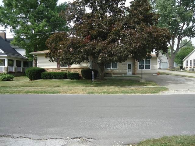 330 W Roberts Drive, Mt. Zion, IL 62549 (MLS #6205656) :: Main Place Real Estate