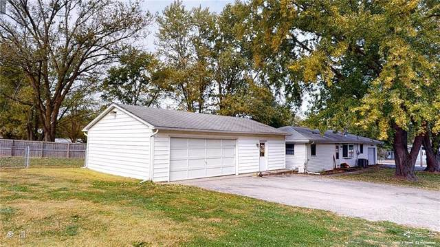 1025 Barger Drive, Mt. Zion, IL 62549 (MLS #6206507) :: Main Place Real Estate