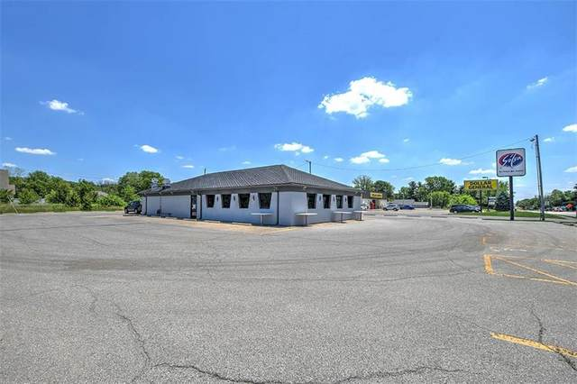 910 State Hwy 121, Mt. Zion, IL 62549 (MLS #6212794) :: Main Place Real Estate