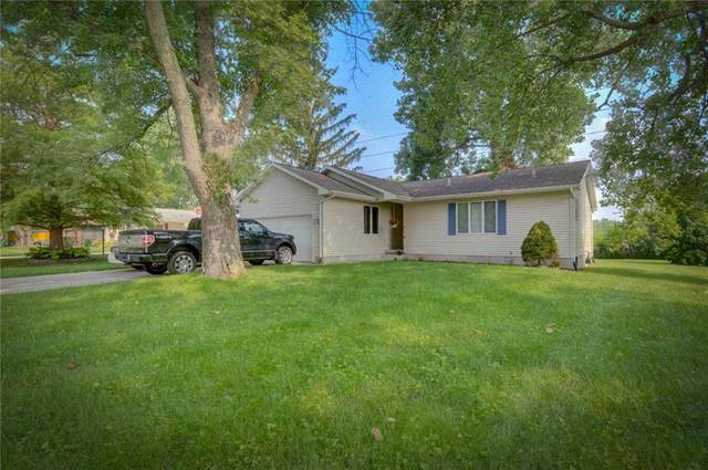 220 Wildwood Drive, Mt. Zion, IL 62549 (MLS #6214238) :: Main Place Real Estate
