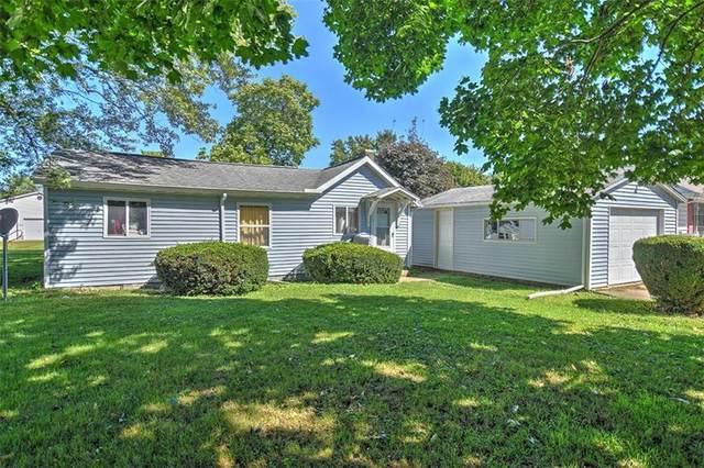 113 E Birch, Moweaqua, IL 62550 (MLS #6215522) :: Main Place Real Estate