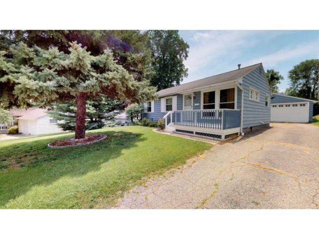 44 Isabella, Decatur, IL 62521 (MLS #6183327) :: Main Place Real Estate