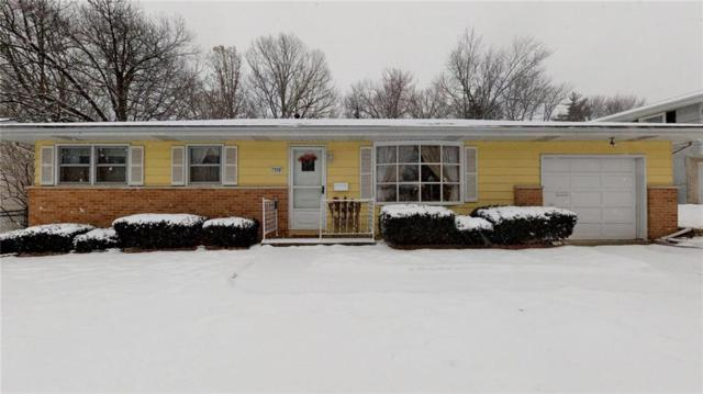 124 Point Bluff, Decatur, IL 62521 (MLS #6190721) :: Main Place Real Estate