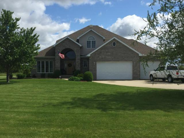 5863 Lakelaine, Macon, IL 62544 (MLS #6190381) :: Main Place Real Estate