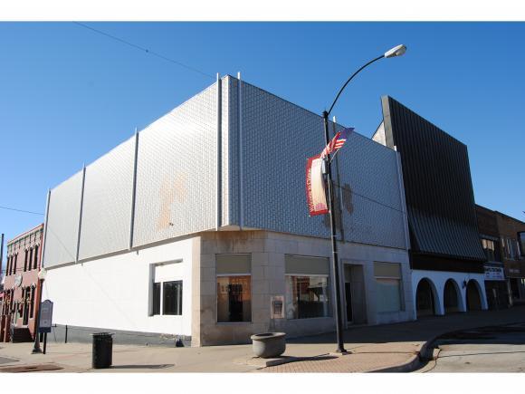 Clinton, IL 61727 :: Main Place Real Estate