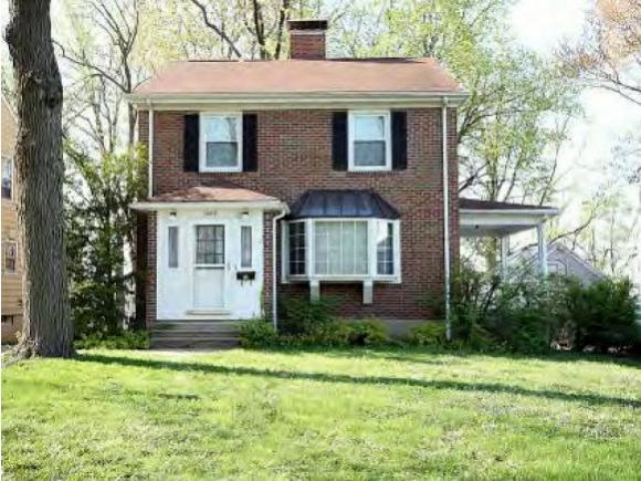 1569 W Sunset Ave, Decatur, IL 62522 (MLS #6183233) :: Main Place Real Estate