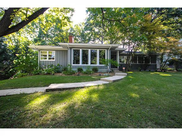 404 Southmoreland Pl, Decatur, IL 62521 (MLS #6183452) :: Main Place Real Estate
