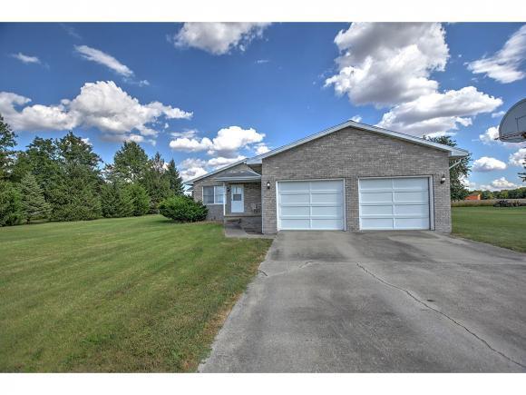 310 Westside Dr, Cerro Gordo, IL 61818 (MLS #6184069) :: Main Place Real Estate
