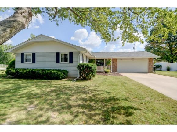 530 Kirk Drive, Mt. Zion, IL 62549 (MLS #6184086) :: Main Place Real Estate