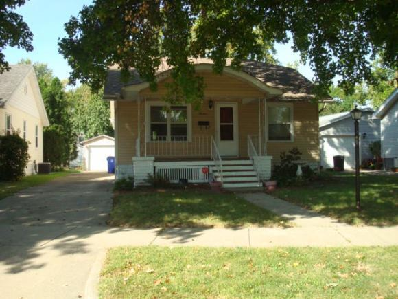 13 Central Dr, Decatur, IL 62526 (MLS #6184223) :: Main Place Real Estate