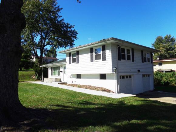 447 N Moffet Ln, Decatur, IL 62522 (MLS #6184471) :: Main Place Real Estate