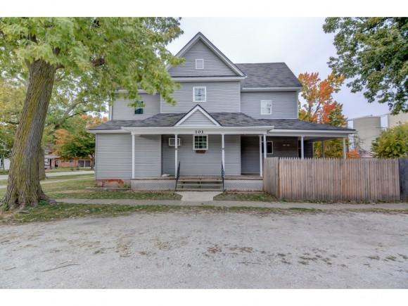 101 Saint Marie St, Blue Mound, IL 62513 (MLS #6184621) :: Main Place Real Estate