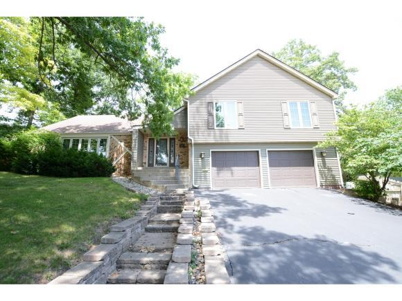 210 Silver Dr, Decatur, IL 62521 (MLS #6184628) :: Main Place Real Estate
