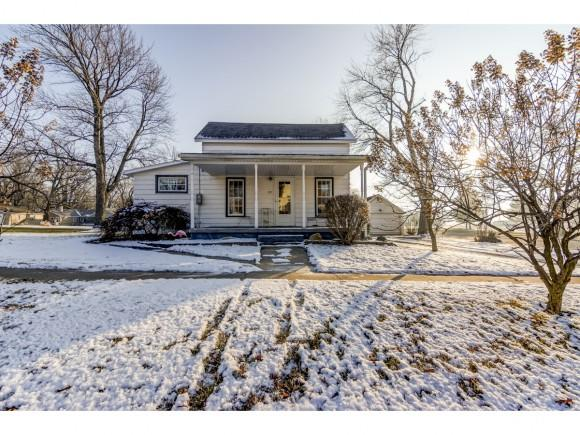 389 W Eckhardt St, Macon, IL 62544 (MLS #6185115) :: Main Place Real Estate