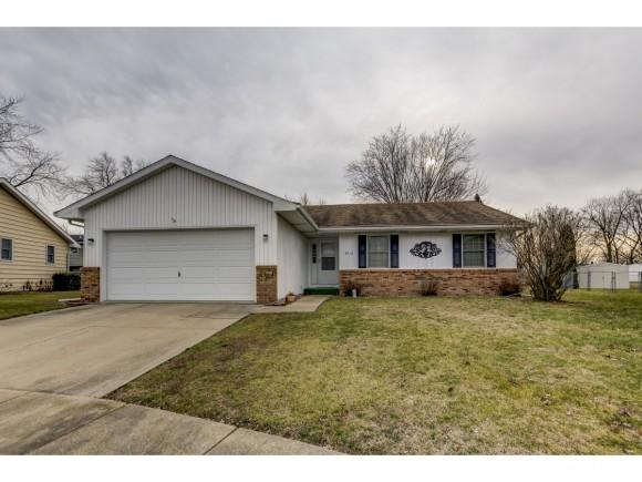 4515 Hayden Ct, Decatur, IL 62521 (MLS #6185255) :: Main Place Real Estate