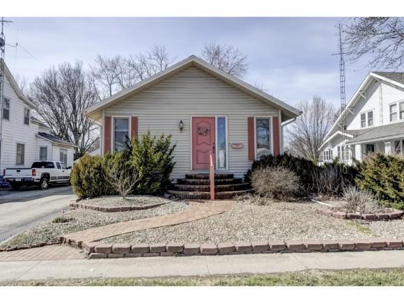509 S Vine St., Arthur, IL 61911 (MLS #6190437) :: Main Place Real Estate