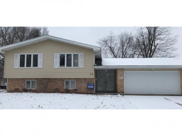 3901 N Greenridge Dr., Decatur, IL 62526 (MLS #6190479) :: Main Place Real Estate