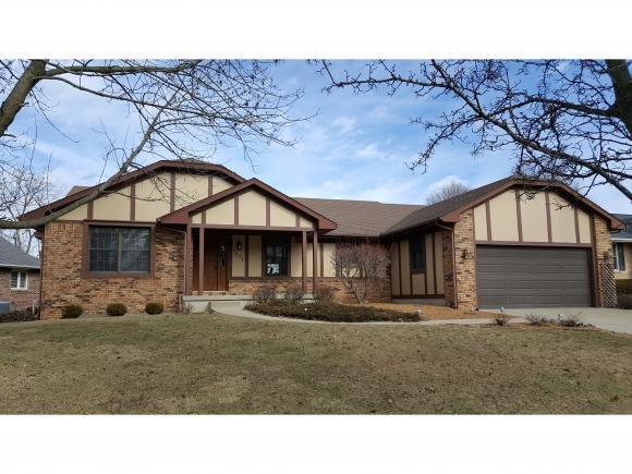 1454 Meadowview Dr, Decatur, IL 62526 (MLS #6190530) :: Main Place Real Estate
