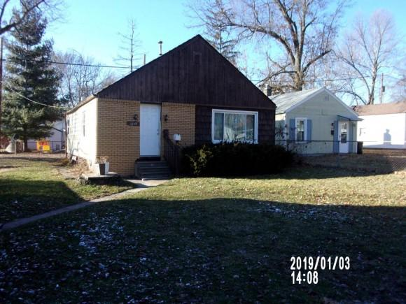 1049 &1053 N Woodlawn Ave, Decatur, IL 62522 (MLS #6190543) :: Main Place Real Estate