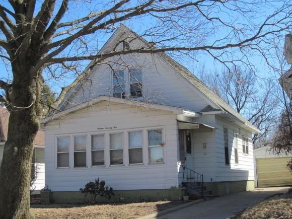 1675 E Johns, Decatur, IL 62521 (MLS #6192970) :: Main Place Real Estate