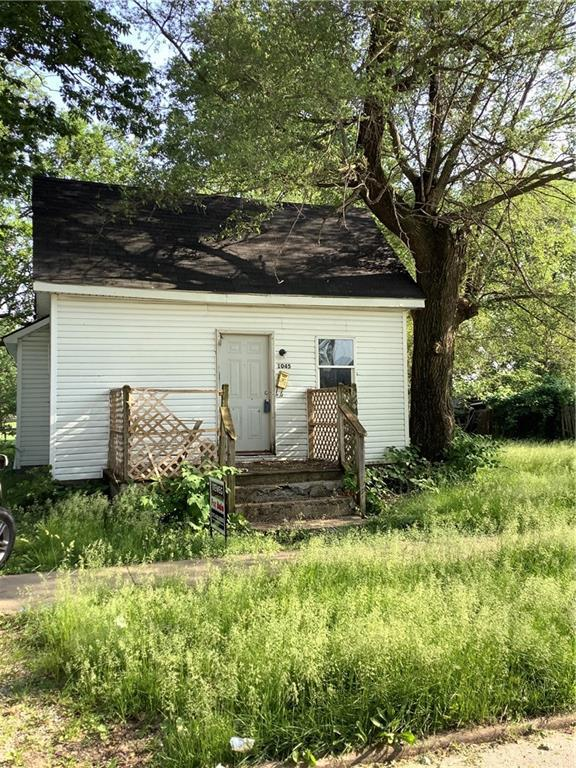 1045 E Condit, Decatur, IL 62522 (MLS #6193424) :: Main Place Real Estate