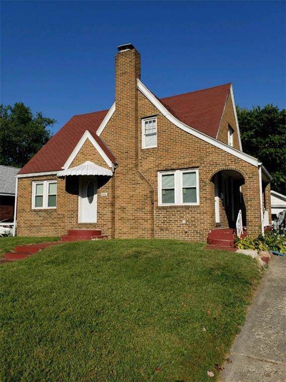 2104 N Water Street, Decatur, IL 62526 (MLS #6197461) :: Main Place Real Estate