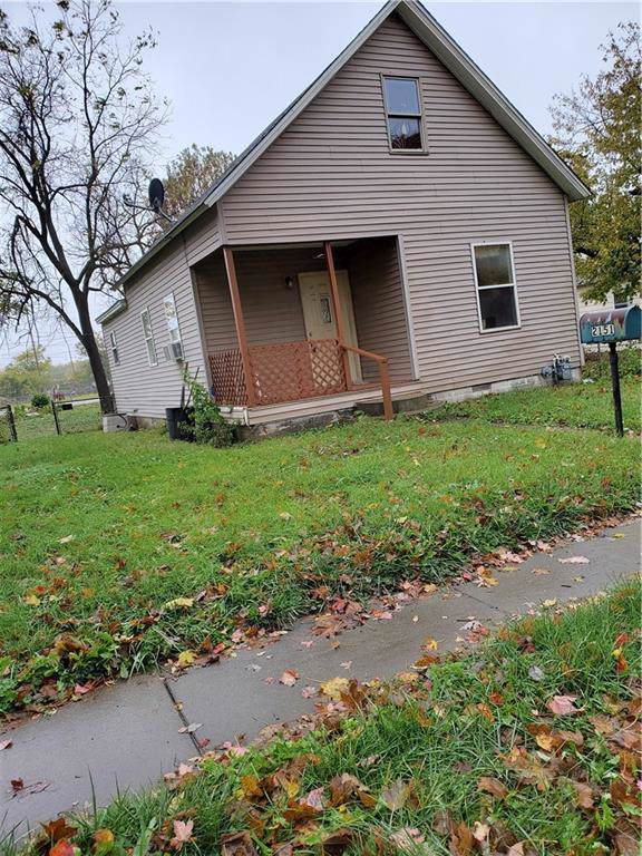 2151 N Charles Street, Decatur, IL 62526 (MLS #6198121) :: Main Place Real Estate