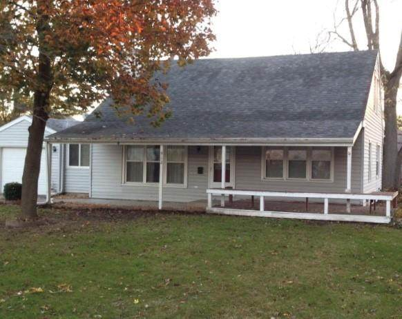 912 Van Buren Street, Sullivan, IL 61951 (MLS #6206095) :: Main Place Real Estate