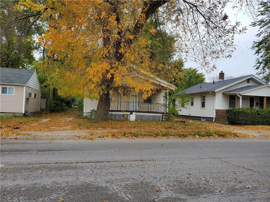 1112 E. Garfield Avenue - Photo 1