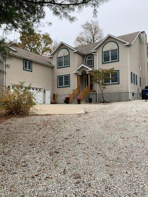 8153 Timber Trail, Decatur, IL 62521 (MLS #6206601) :: Main Place Real Estate