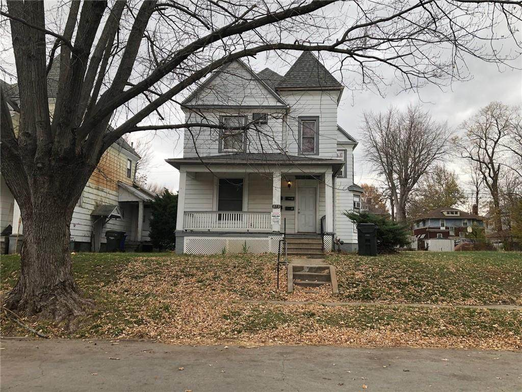 870 Wood Street - Photo 1