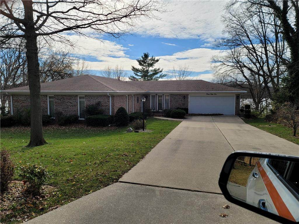 3055 Lake Bluff Drive - Photo 1