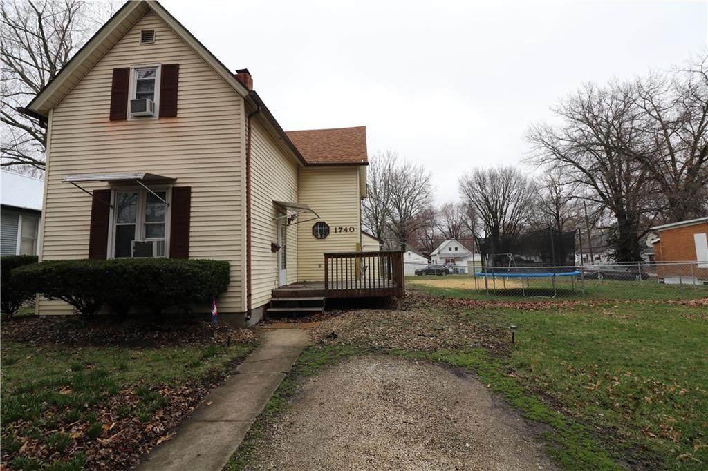 1740 Wood Street - Photo 1
