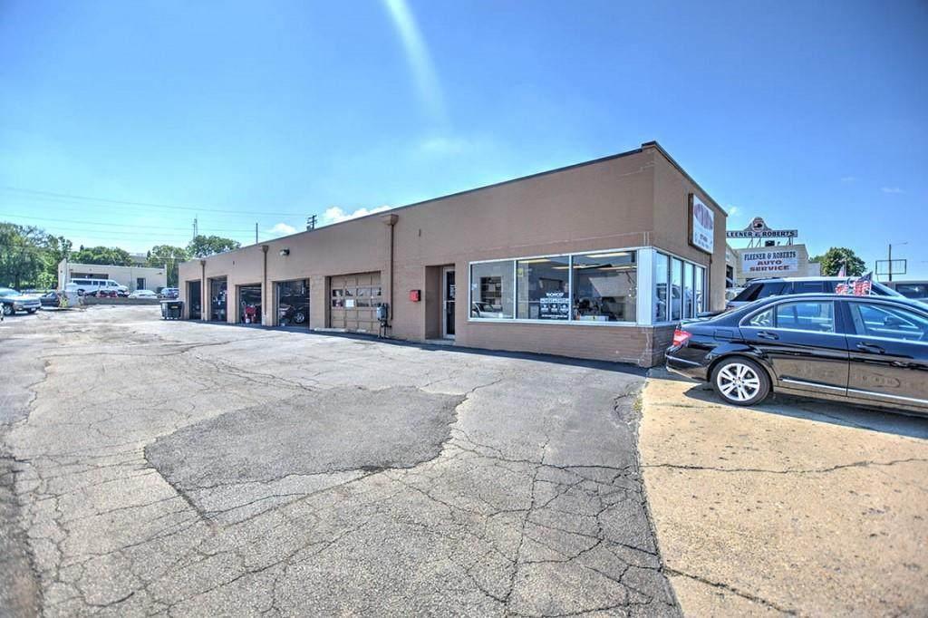 2760 Main Street - Photo 1