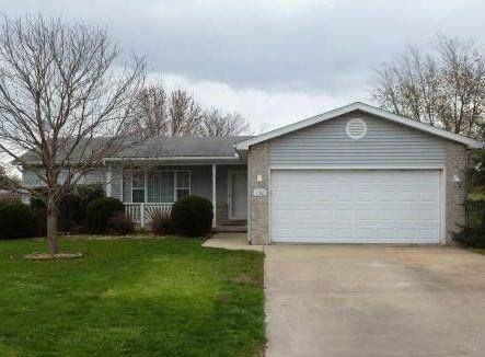 130 Illinois Street, Warrensburg, IL 62573 (MLS #6212216) :: Main Place Real Estate