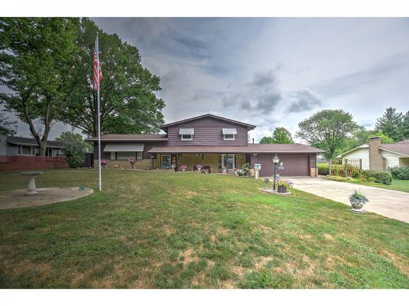 3214 Greenlake Dr, Decatur, IL 62521 (MLS #6182747) :: Main Place Real Estate