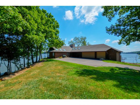 1989 Shore Oak Drive, Decatur, IL 62521 (MLS #6183186) :: Main Place Real Estate