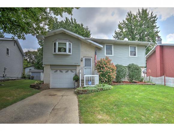 3550 Meadowlark Dr, Decatur, IL 62526 (MLS #6183832) :: Main Place Real Estate