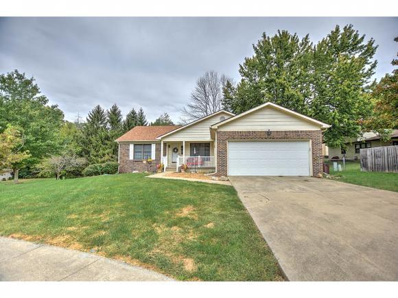 4542 Hickory Pl, Decatur, IL 62521 (MLS #6184250) :: Main Place Real Estate