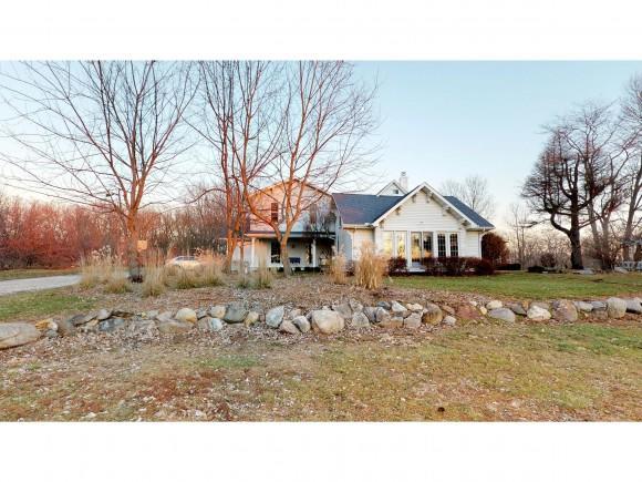 14260 Lake Fork Ln, Maroa, IL 61756 (MLS #6185211) :: Main Place Real Estate