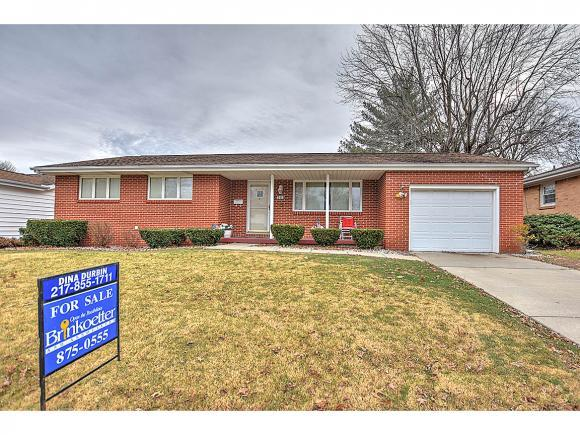 295 W Ash Ave, Decatur, IL 62526 (MLS #6185219) :: Main Place Real Estate
